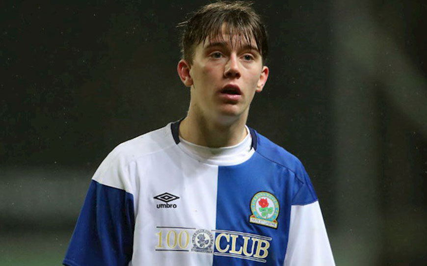 Foxes Snap Up Rovers Starlet Wright