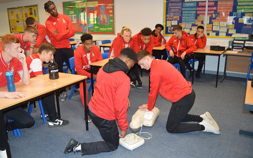 Bantams Youngsters Receive Cardiac Health Awareness Workshop