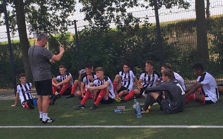 Grimsby Town U18s 7 - 0 FC Dordrecht U17s