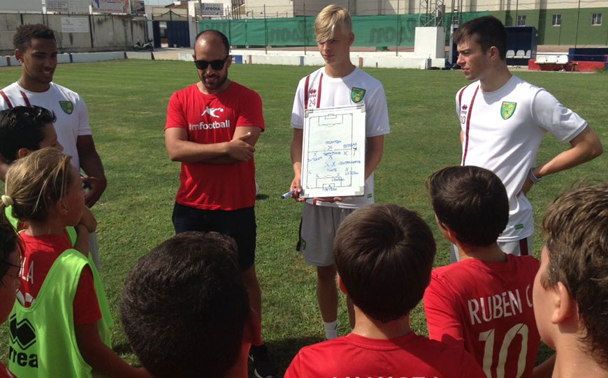 Canaries Apprentices Conduct Community Work During LFE Spain Trip