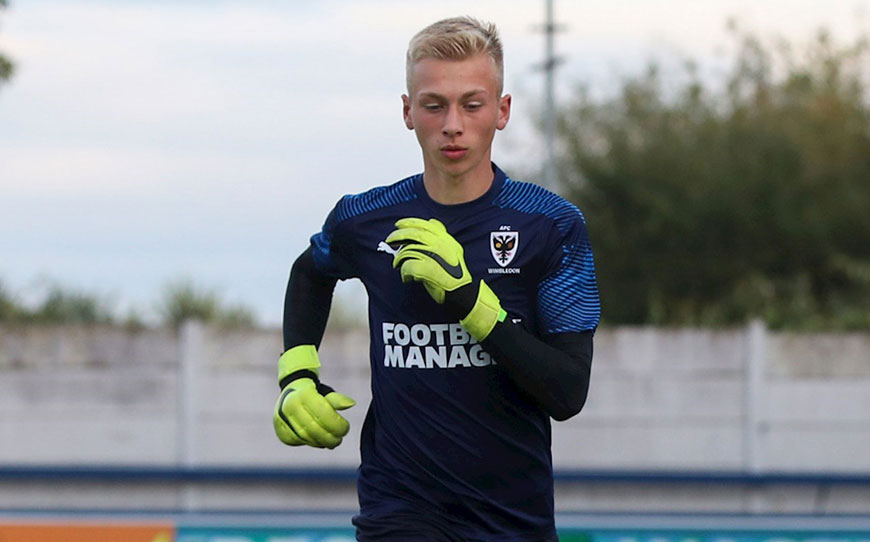 Cox Pens Early Pro Contract With Wimbledon